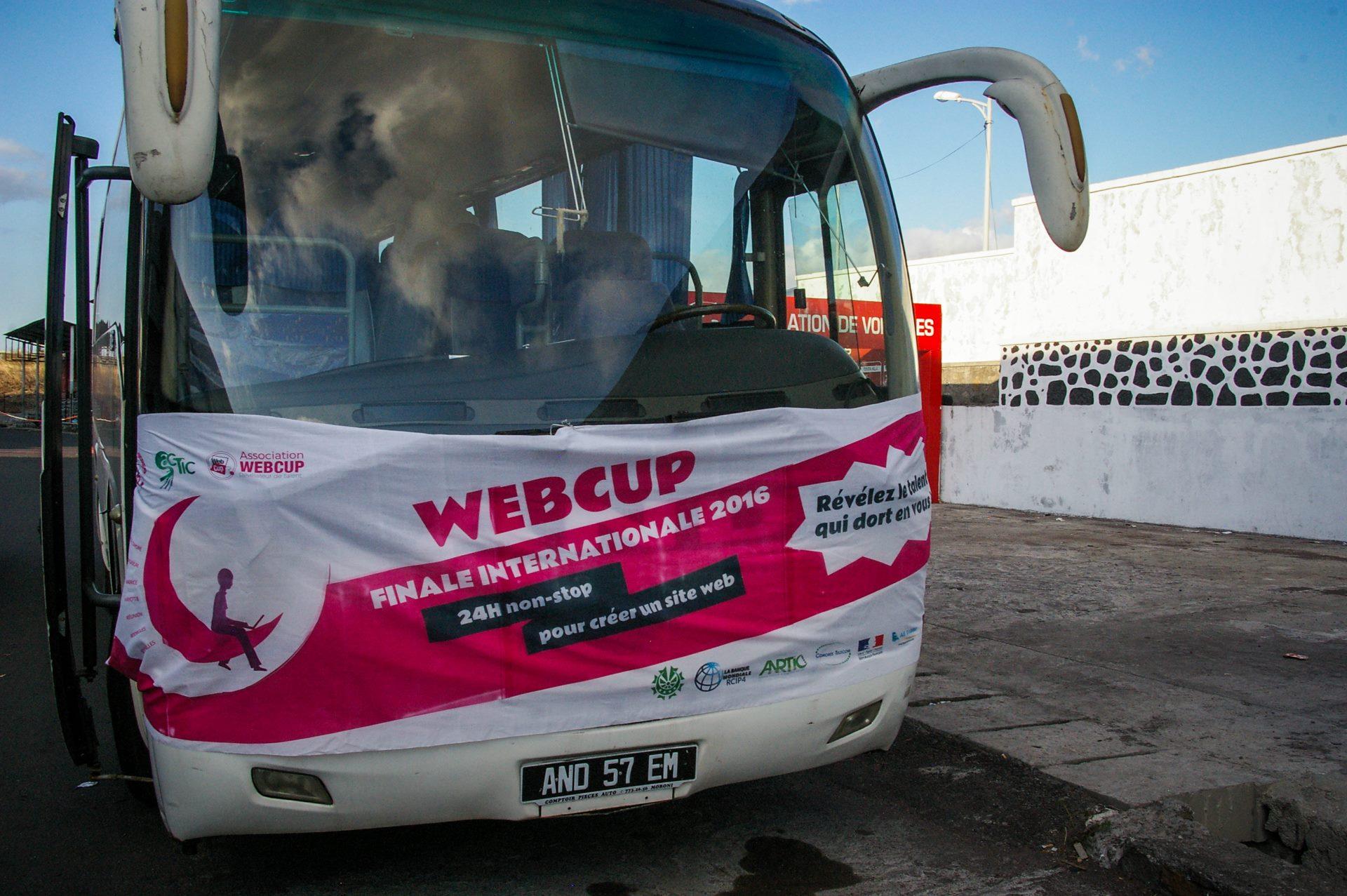 Webcup bus