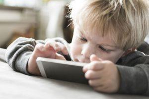 écrans sur les enfants